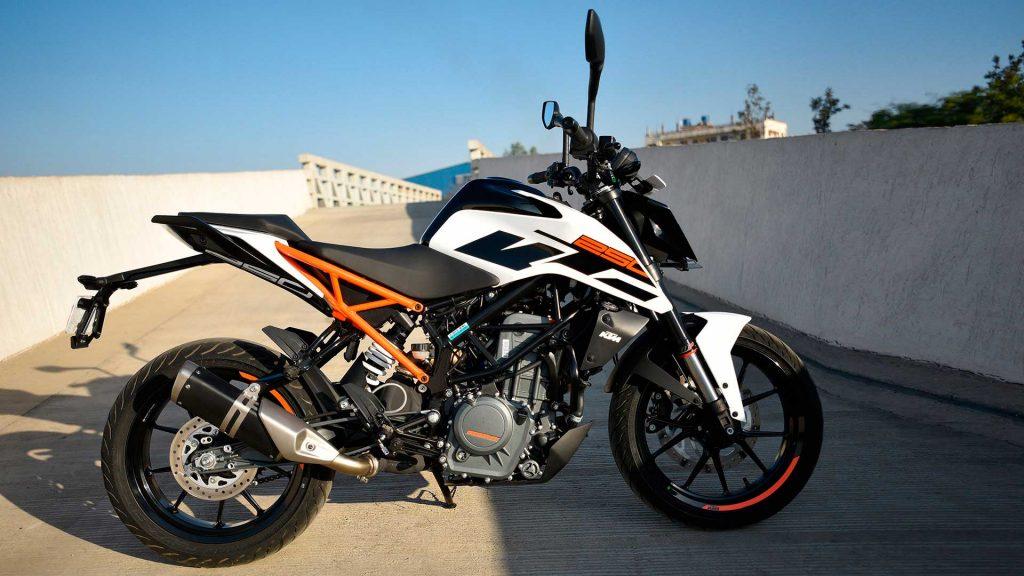 nueva KTM duke 250 blanco