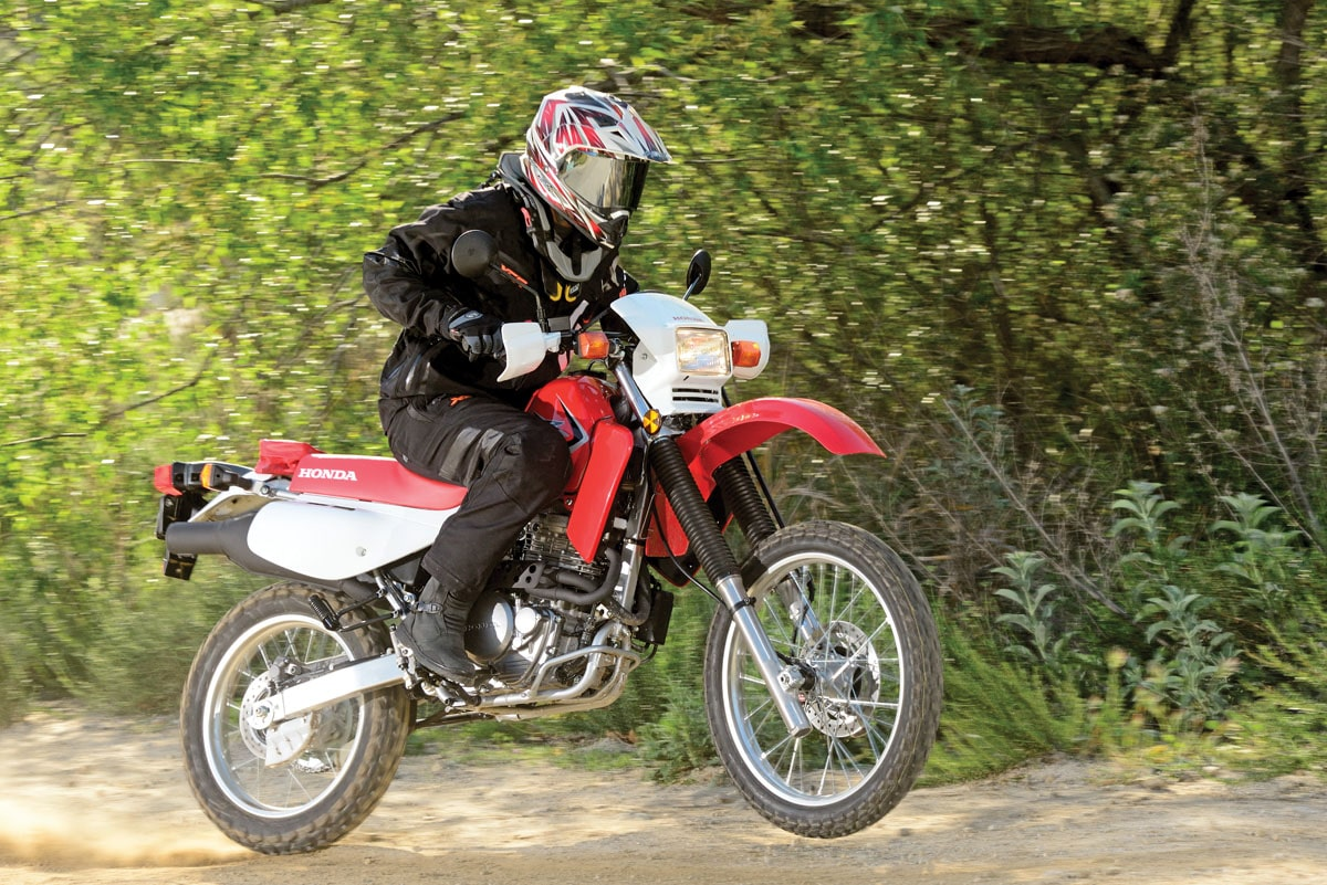 Honda XR 650L en test drive durante off-road