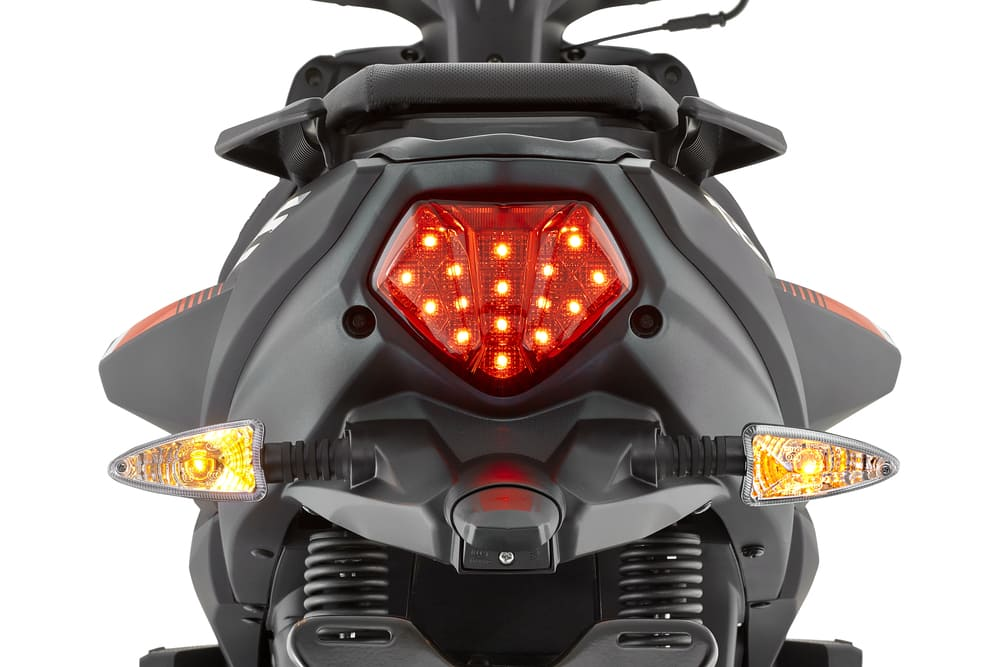 Victory ZS 125 Stop trasero